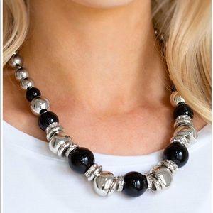 Hollywood HAUTE Spot - Black Necklace